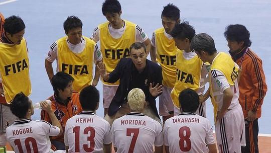 Cựu HLV Nhật Bản và Thái Lan dẫn dắt ĐT futsal Việt Nam - Ảnh 2.