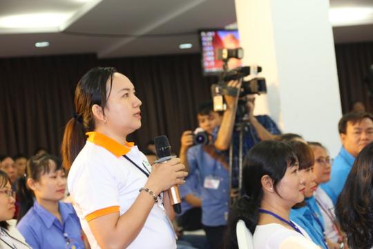 Hình ảnh xúc động của Thủ tướng với công nhân Đồng Nai - Ảnh 11.
