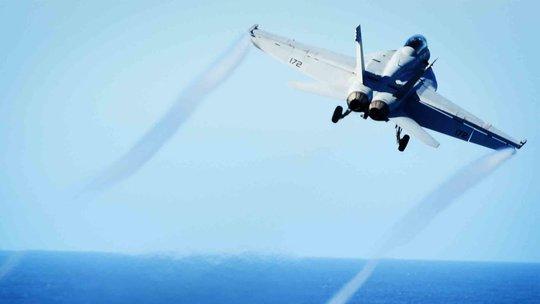 Bầu trời Syria nóng bỏng, Mỹ - Nga vào thế đối đầu? - Ảnh 1.
