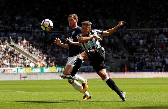 Mất người, thầy trò Benitez thua đau Tottenham ngay trên sân nhà - Ảnh 3.