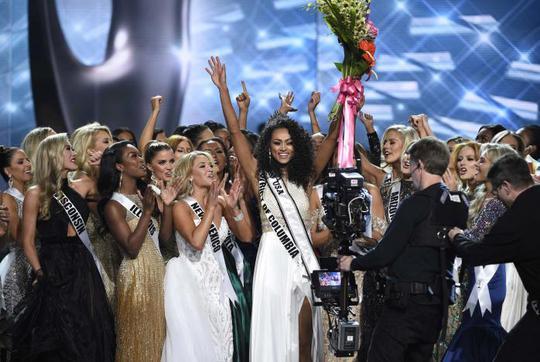 Cận cảnh nhan sắc tân Hoa hậu Mỹ - Ảnh 5.