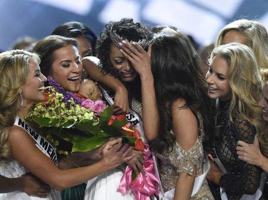 Cận cảnh nhan sắc tân Hoa hậu Mỹ - Ảnh 3.