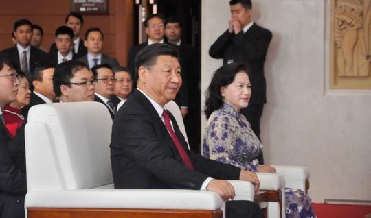 Tổng Bí thư, Chủ tịch Tập Cận Bình dự lễ khánh thành Cung hữu nghị Việt - Trung - Ảnh 4.