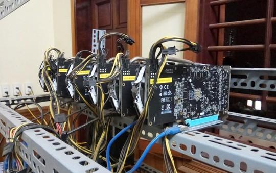 Tận mắt thấy dàn trâu đào tiền ảo Bitcoin tiền tỉ ở Hà Nội - Ảnh 11.