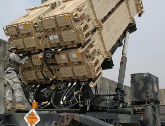 Lấp lửng vụ Mỹ bán vũ khí cho Đài Loan