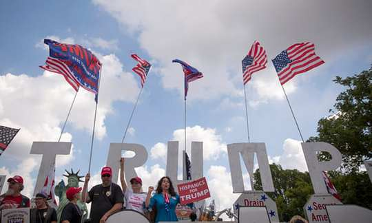 Mỹ bác tin đổi chiều về thỏa thuận khí hậu Paris - Ảnh 1.