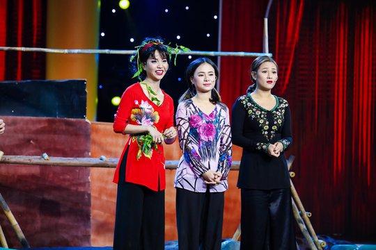 Ba cô gái xinh đẹp khiến Việt Hương cười không ngừng là ai? - Ảnh 3.