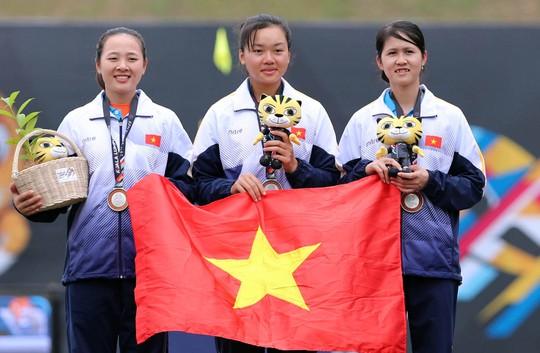 Lội dòng nước ngược bất thành, Việt Nam đoạt HCB bắn cung đồng đội nữ - Ảnh 4.