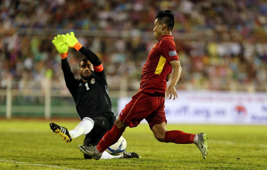 Việt Nam - Jordan 0-0: Đặng Văn Lâm cứu chủ nhà thoát thua - Ảnh 13.