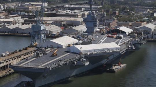 Hải quân Mỹ nhận siêu tàu sân bay 12,9 tỉ USD - Ảnh 1.