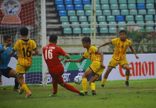 U18 của HLV Hoàng Anh Tuấn đại thắng ngày ra quân - Ảnh 2.