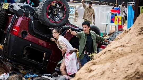 Phim của Ngô Kinh dẫn đầu phòng vé toàn cầu - Ảnh 1.