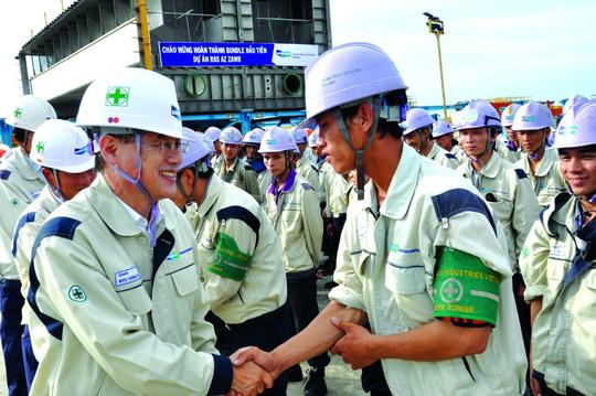Nửa triệu lao động Việt Nam đang làm việc ở nước ngoài - Ảnh 1.