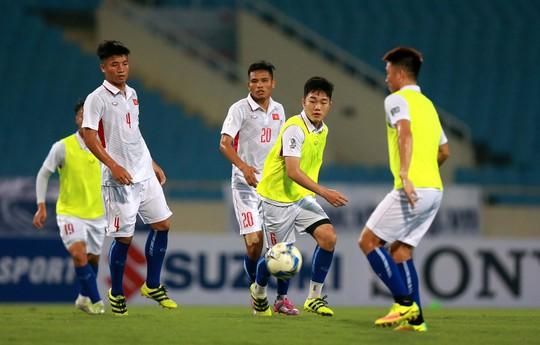 Thắng 5 sao Campuchia, Việt Nam đặt 1 chân vào VCK Asian Cup - Ảnh 3.