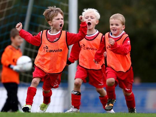HLV đội trẻ bị sa thải sau trận thắng 25-0 - Ảnh 1.