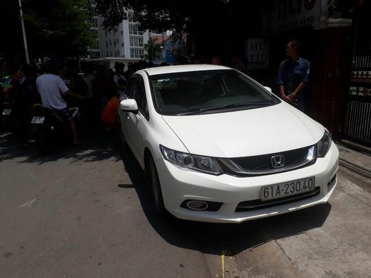 Tóm được Việt kiều trộm ô tô ở tòa nhà Becamex - Ảnh 3.