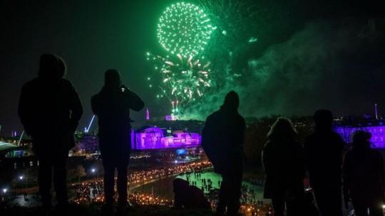 Châu Âu bắn pháo hoa chào năm 2018 - Ảnh 6.