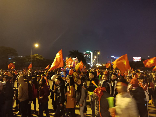 Tuyển thủ U23 Việt Nam cất cao lời ca chiến thắng tặng người hâm mộ - Ảnh 16.