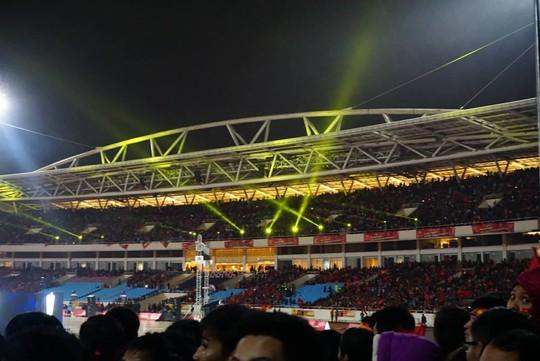 Tuyển thủ U23 Việt Nam cất cao lời ca chiến thắng tặng người hâm mộ - Ảnh 5.