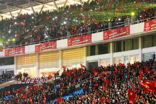 Tuyển thủ U23 Việt Nam cất cao lời ca chiến thắng tặng người hâm mộ - Ảnh 11.
