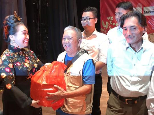 NSND Kim Cương dốc hết sức cho chương trình Nghệ sĩ tri âm - Ảnh 8.