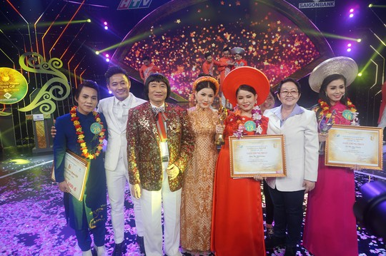 Lâm Thị Kim Cương đoạt giải Chuông vàng vọng cổ 2018, nhận 130 triệu đồng - Ảnh 4.