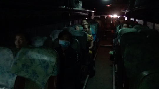 VIDEO: Nữ công nhân với hành trình 200km/ngày - Ảnh 5.