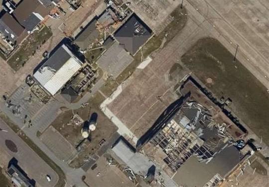 Mỹ: Hàng chục chiến đấu cơ F-22 bị bão Michael phá hủy - Ảnh 2.