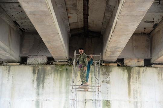 Sửa chữa 2 cầu bị thấm nước mưa trên đường cao tốc Đà Nẵng – Quảng Ngãi - Ảnh 3.