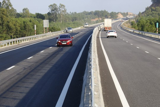 VEC nói gì về việc bán thầu dự án đường cao tốc 34.500 tỉ đồng - Ảnh 1.