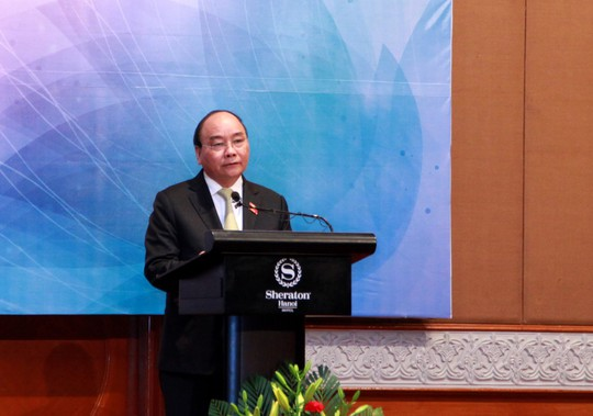 Thủ tướng Nguyễn Xuân Phúc: Phụ nữ ASEAN cống hiến tích cực vào tăng trưởng, thịnh vượng của quốc gia - Ảnh 1.