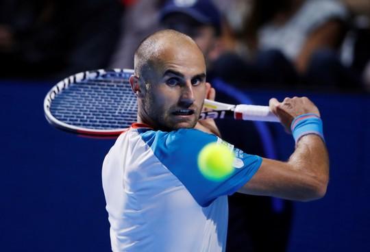Federer: Từ cậu bé nhặt bóng thành huyền thoại sống quần vợt thế giới - Ảnh 5.
