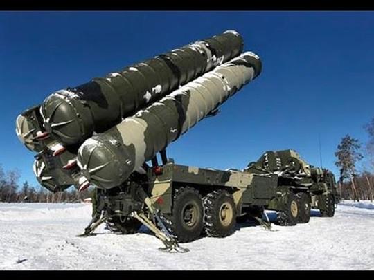 Ấn Độ mua S-400 của Nga, bất chấp lệnh trừng phạt của Mỹ - Ảnh 2.