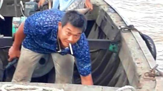 Thiếu gia khai thác cát dùng súng bắn người bị phạt 3 triệu đồng - Ảnh 1.