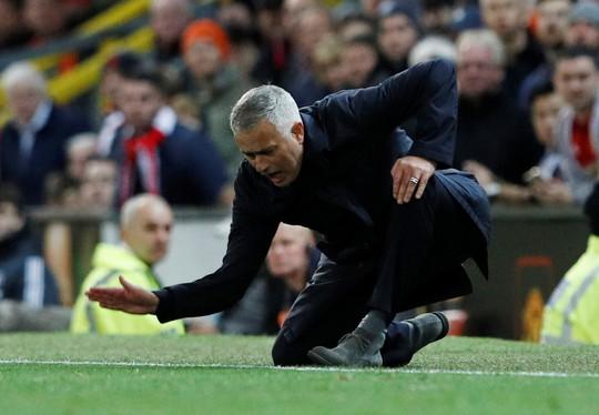 Kịch tính vỡ oà, Man United ngược dòng hạ Newcastle tại Old Trafford - Ảnh 9.