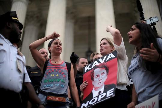Mỹ có thêm Thẩm phán Tòa án tối cao dính cáo buộc tấn công tình dục - Ảnh 2.