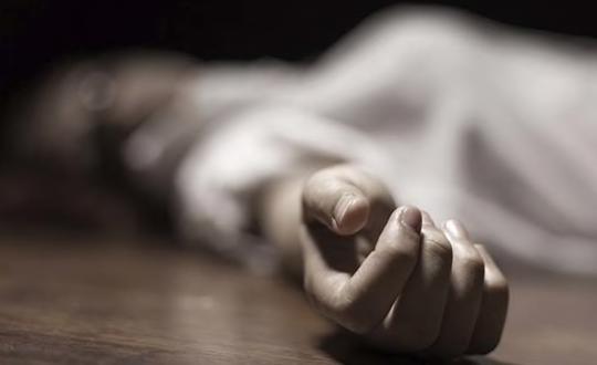 Thai phụ bị giết vì phản đối hành khách hút thuốc trên tàu hoả - Ảnh 1.