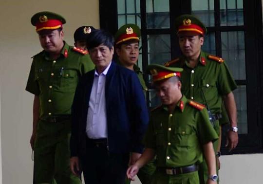 Ông Phan Văn Vĩnh đề nghị không đăng bản án lên cổng thông tin - Ảnh 5.