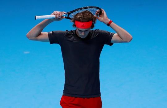 Djokovic xuất sắc vượt mặt đàn em ở ATP Finals 2018 - Ảnh 4.