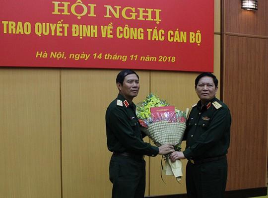 Bộ Quốc phòng có 1 tân phó tổng tham mưu trưởng, 2 tư lệnh quân khu - Ảnh 1.