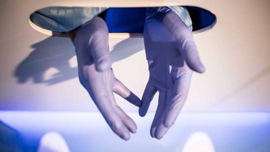 Thiết bị kỳ dị phát hiện dạng ung thư đàn ông hiểm ác nhất - Ảnh 3.