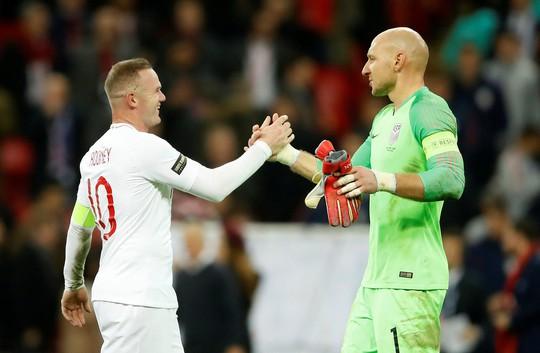 Rooney đá trận giã từ, tuyển Anh nhẹ nhàng thắng Mỹ - Ảnh 12.