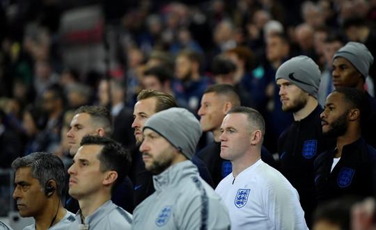 Rooney đá trận giã từ, tuyển Anh nhẹ nhàng thắng Mỹ - Ảnh 4.