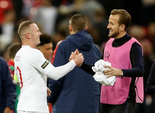 Rooney đá trận giã từ, tuyển Anh nhẹ nhàng thắng Mỹ - Ảnh 13.