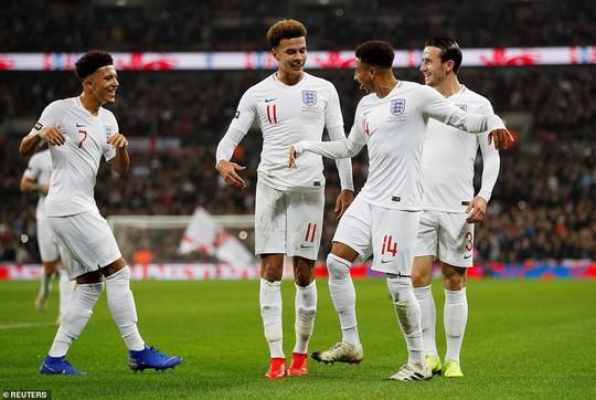 Rooney đá trận giã từ, tuyển Anh nhẹ nhàng thắng Mỹ - Ảnh 5.