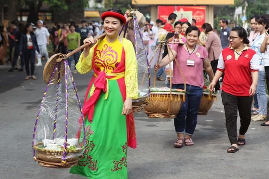 Hàng trăm món ngon ở lễ hội ẩm thực Vissan - Ảnh 1.