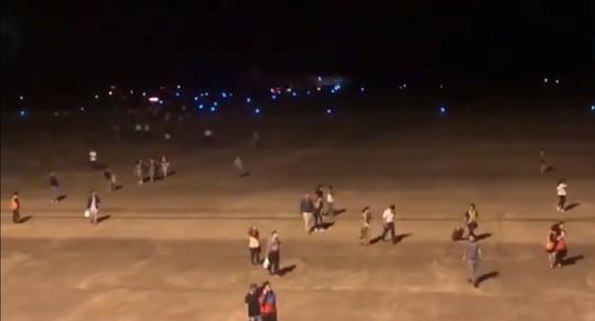 Máy bay gặp sự cố khi hạ cánh tại Buôn Ma Thuột, 6 hành khách chấn thương - Ảnh 2.