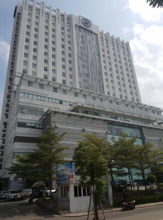Hotgirl đất cảng nhảy từ tầng 17 bệnh viện quốc tế tử vong - Ảnh 2.