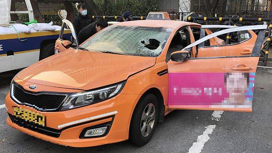 Hàn Quốc: Tài xế taxi tự thiêu phản đối dịch vụ đi chung xe - Ảnh 1.
