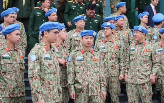 Ra mắt bệnh viện dã chiến số 2 của Việt Nam - Ảnh 12.